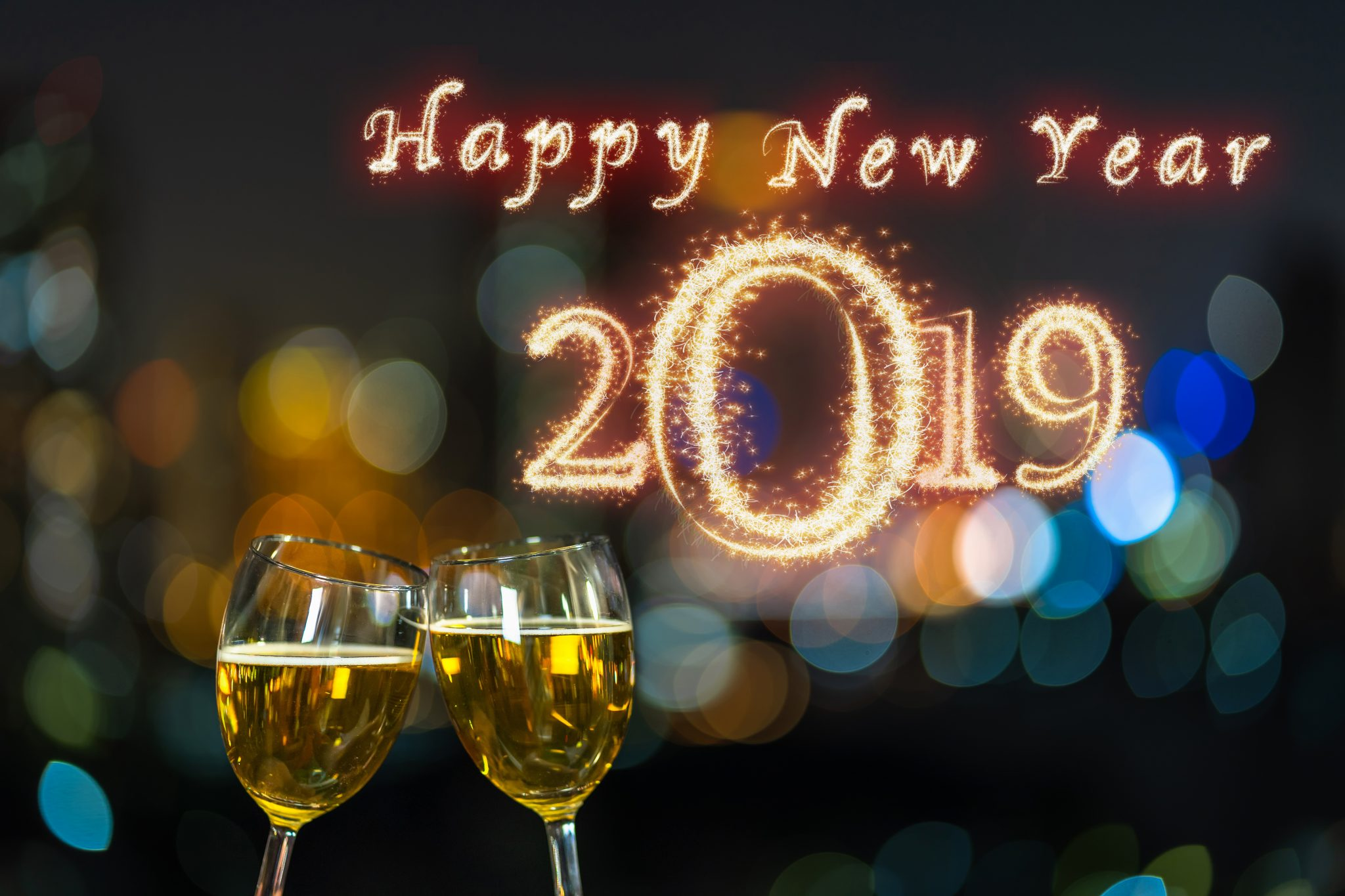 E-Lunet Optic team wishes you Happy New Year 2019!